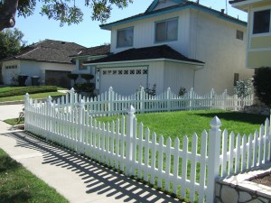 vinyl-fencing-los-angeles
